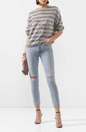 Укороченные джинсы с потертостями | Фото №2