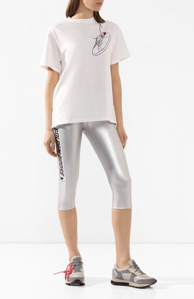 Женские шорты GOLDEN GOOSE DELUXE BRAND серебряного цвета, арт. G36WP099.B1 | Фото 2