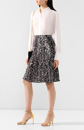 Женская шелковая рубашка SAINT LAURENT белого цвета, арт. 620779/Y100W   Фото 2 (Длина (для топов): Стандартные; Материал внешний: Шелк; Рукава: Длинные; Принт: Без принта; Женское Кросс-КТ: Рубашка-одежда)
