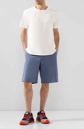 Мужские шорты BOTTEGA VENETA голубого цвета, арт. 621802/VKJ60 | Фото 2