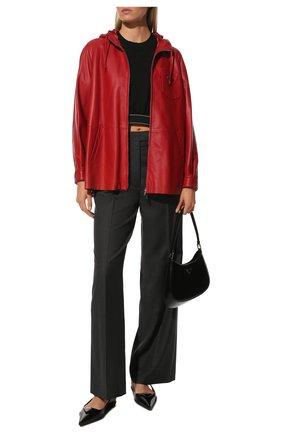Женская кожаная куртка PRADA красного цвета, арт. 58A015-1WDV-F0011 | Фото 2