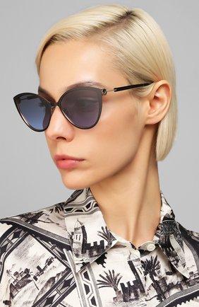 Женские солнцезащитные очки FENDI черного цвета, арт. 0413 2M2   Фото 2