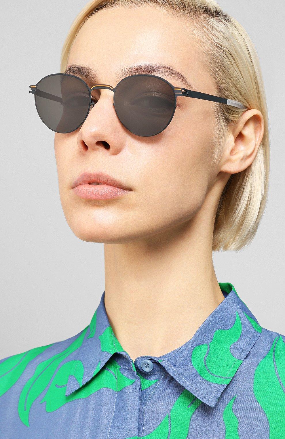 Женские солнцезащитные очки MYKITA черного цвета, арт. CARL0/INDIG0/0RANGE   Фото 2