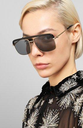 Женские солнцезащитные очки ALEXANDER MCQUEEN черного цвета, арт. AM0258S 001 | Фото 2