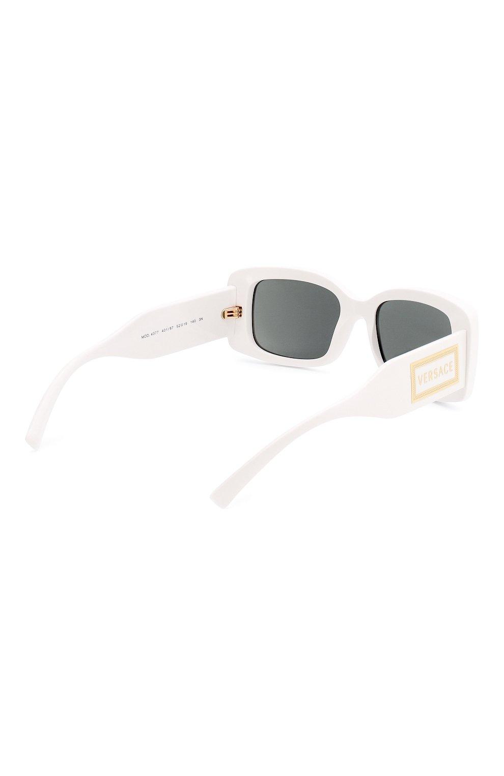 Женские солнцезащитные очки VERSACE белого цвета, арт. 4377-401/87 | Фото 4