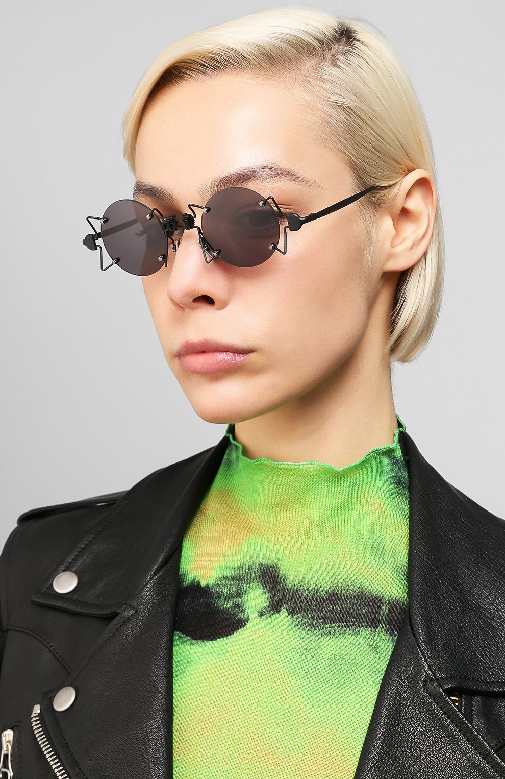 Женские солнцезащитные очки INNERRAUM черного цвета, арт. 098 BM GREY | Фото 2