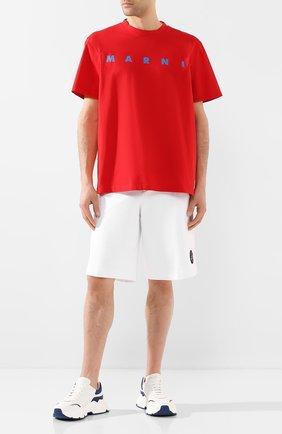 Мужские хлопковые шорты BURBERRY белого цвета, арт. 4559343 | Фото 2