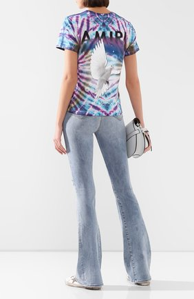 Женская хлопковая футболка AMIRI голубого цвета, арт. Y0W03453CJ | Фото 2
