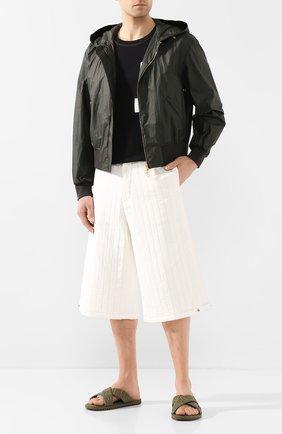 Мужские кожаные шлепанцы FENDI хаки цвета, арт. 7X1222 AADS | Фото 2