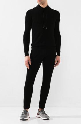 Мужские хлопковые джоггеры CRUCIANI черного цвета, арт. CU25.410   Фото 2 (Длина (брюки, джинсы): Стандартные; Материал внешний: Хлопок; Силуэт М (брюки): Джоггеры; Мужское Кросс-КТ: Брюки-трикотаж)