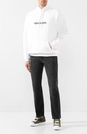 Мужские джинсы BALENCIAGA темно-серого цвета, арт. 620737/TBP47 | Фото 2