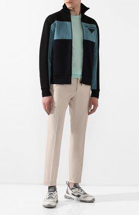 Мужской хлопковые брюки PRADA бежевого цвета, арт. SPD91-1BJ2-F0224-172   Фото 2