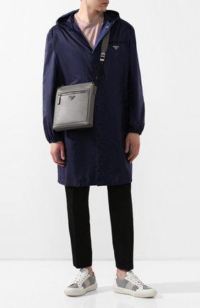 Мужская кожаная сумка PRADA серого цвета, арт. 2VH062-9Z2-F0K44-OOO | Фото 2