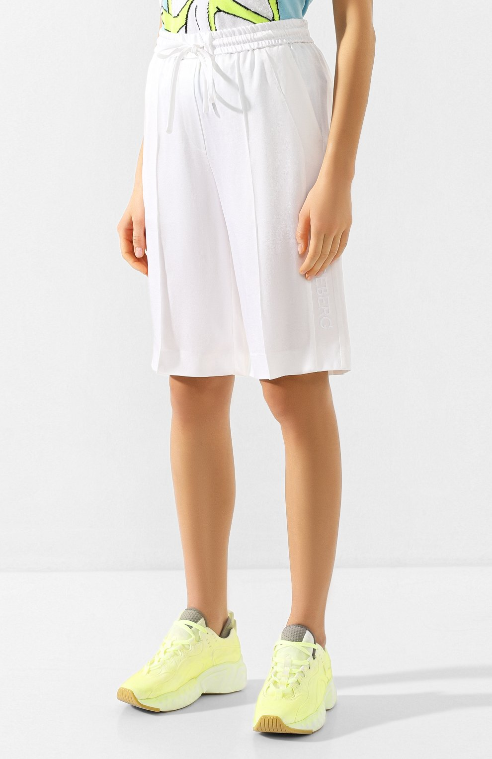 Женские шорты ICEBERG белого цвета, арт. 20E I2P0/D021/5932 | Фото 3