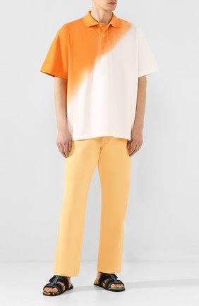 Мужские джинсы JACQUEMUS оранжевого цвета, арт. 205DE01/41270 | Фото 2