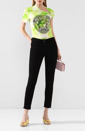 Женская хлопковая футболка VERSACE салатового цвета, арт. A86374/A234568 | Фото 2