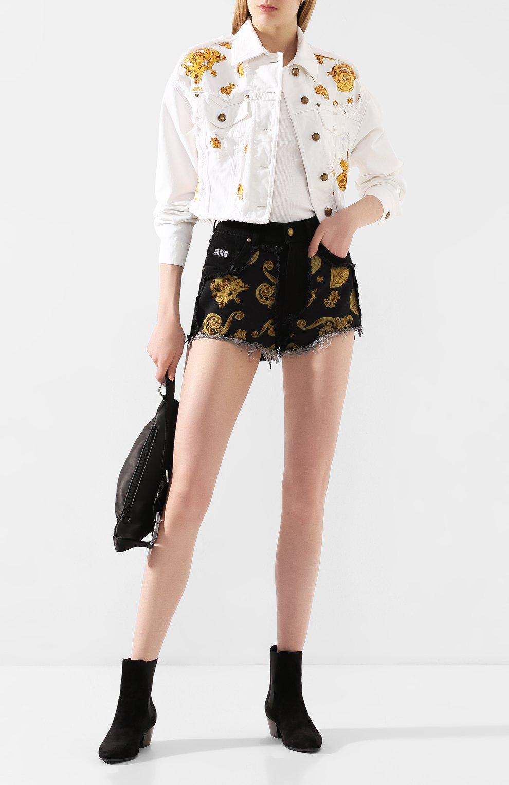 Женские джинсовые шорты VERSACE JEANS COUTURE черного цвета, арт. A3HVB18G-VDM508/APD54 | Фото 2 (Женское Кросс-КТ: Шорты-одежда; Стили: Гламурный; Кросс-КТ: Деним; Длина Ж (юбки, платья, шорты): Мини; Материал внешний: Хлопок, Деним)