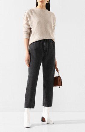 Женские джинсы MM6 серого цвета, арт. S32LA0209/S30652 | Фото 2