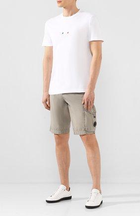 Мужские хлопковые шорты C.P. COMPANY бежевого цвета, арт. 08CMBE334A-005699G | Фото 2