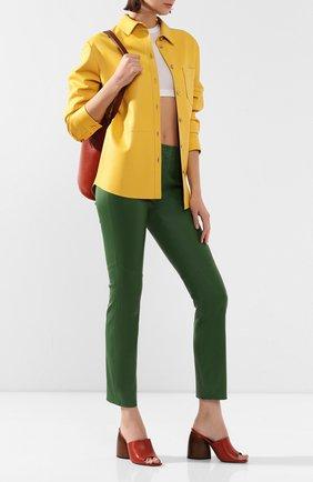 Женские кожаные брюки ESCADA зеленого цвета, арт. 5025272 | Фото 2