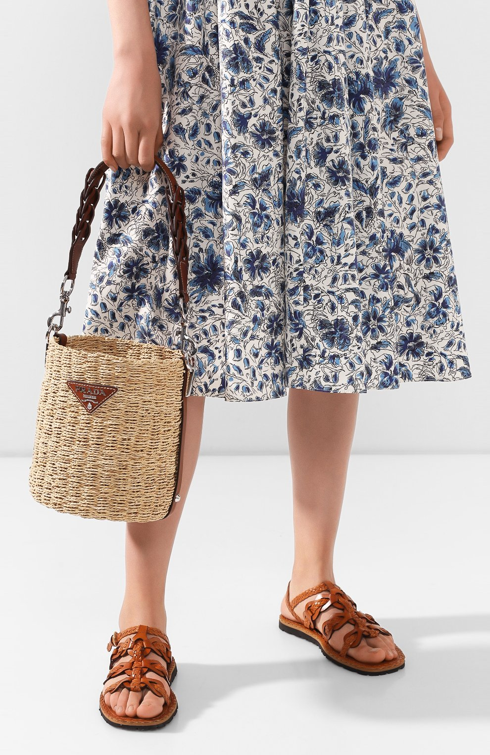 Женская сумка bucket PRADA бежевого цвета, арт. 1BE052-2DJD-F0A5T-OOO | Фото 2