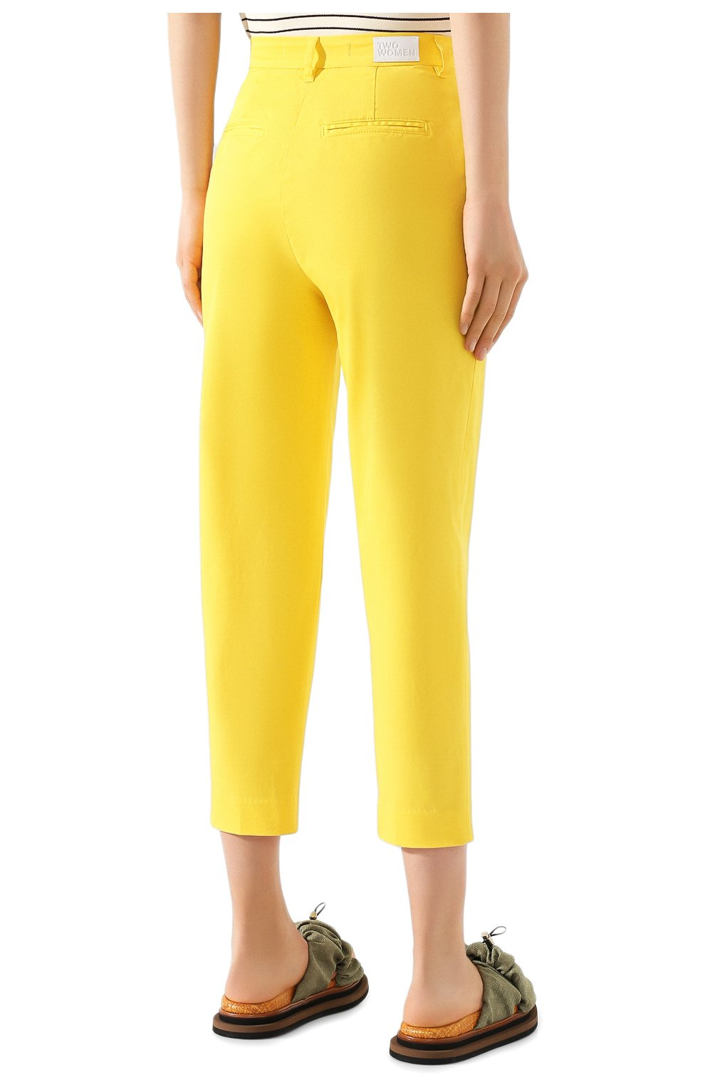 Женские хлопковые брюки TWO WOMEN IN THE WORLD желтого цвета, арт. LAUREN/YEAT3   Фото 4 (Женское Кросс-КТ: Брюки-одежда; Силуэт Ж (брюки и джинсы): Прямые; Материал внешний: Хлопок; Длина (брюки, джинсы): Укороченные)