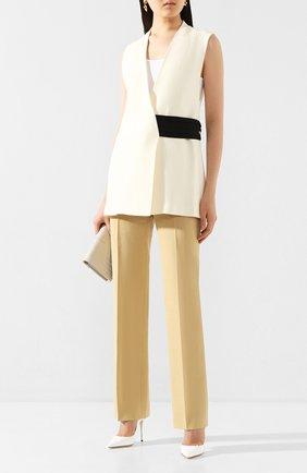 Женские брюки из смеси льна и хлопка VICTORIA BECKHAM бежевого цвета, арт. 1220WTR001203E | Фото 2
