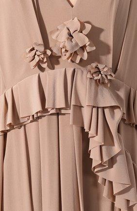 Женское шелковое платье VICTORIA BECKHAM бежевого цвета, арт. 1220WDR001315A | Фото 5