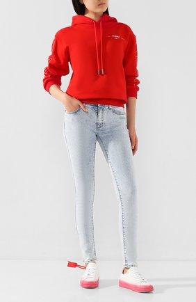 Женские джинсы OFF-WHITE голубого цвета, арт. 0WYA003T20DEN0014501 | Фото 2