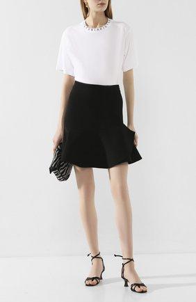 Женская мини-юбка VICTORIA, VICTORIA BECKHAM черного цвета, арт. 2120WSK000495A | Фото 2