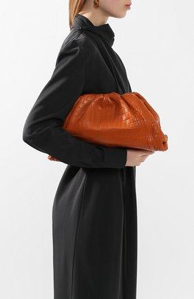 Женский клатч pouch из кожи крокодила BOTTEGA VENETA оранжевого цвета, арт. 576227/VB003/CP0R | Фото 2