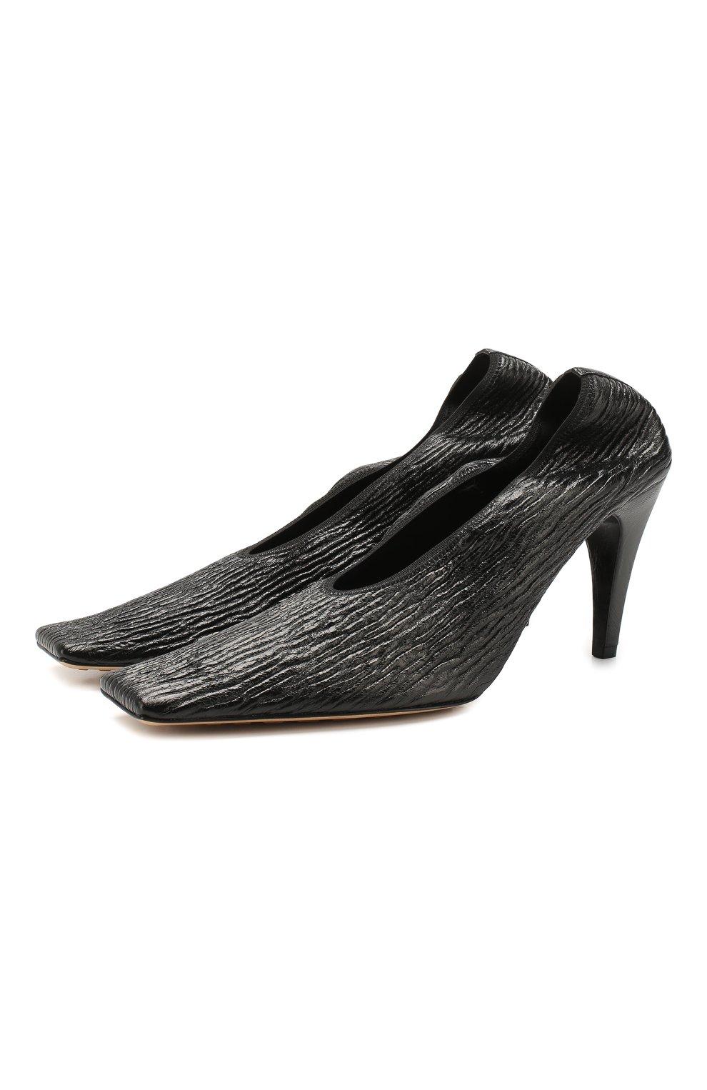 Женские кожаные туфли BOTTEGA VENETA черного цвета, арт. 618782/VBTC0   Фото 1