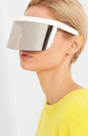 Женские солнцезащитные очки MYKITA серебряного цвета, арт. DAISUKE/WHITE | Фото 2 (Тип очков: С/з; Оптика Гендер: оптика-унисекс; Очки форма: Маска)