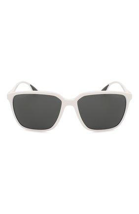 Женские солнцезащитные очки PRADA LINEA ROSSA белого цвета, арт. 06VS-AAI5S0 | Фото 4