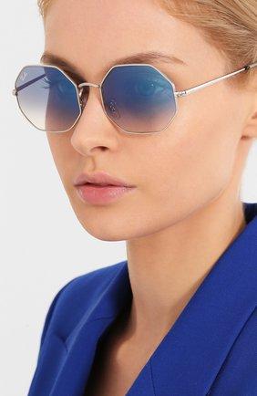 Женские солнцезащитные очки RAY-BAN голубого цвета, арт. 1972-91493F | Фото 2