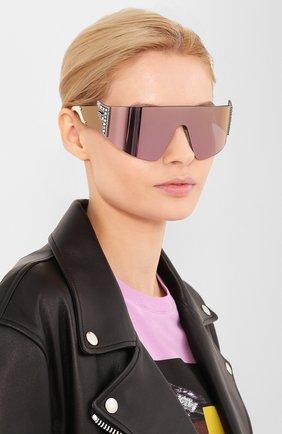 Женские солнцезащитные очки FENDI сиреневого цвета, арт. 0382 J5G | Фото 2