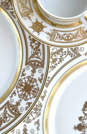 Тарелка салатная aux rois or BERNARDAUD золотого цвета, арт. 1847/17 | Фото 2