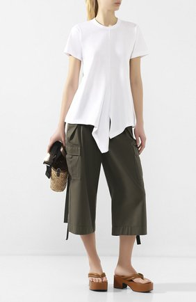 Женские хлопковые брюки SACAI хаки цвета, арт. 20-04855 | Фото 2