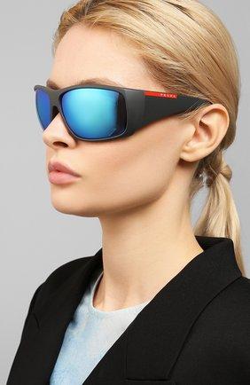 Женские солнцезащитные очки PRADA LINEA ROSSA черного цвета, арт. 04VS-0AS5M2   Фото 2