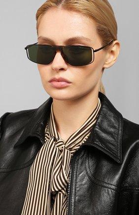 Женские солнцезащитные очки ALEXANDER MCQUEEN черного цвета, арт. AM0198 002 | Фото 2