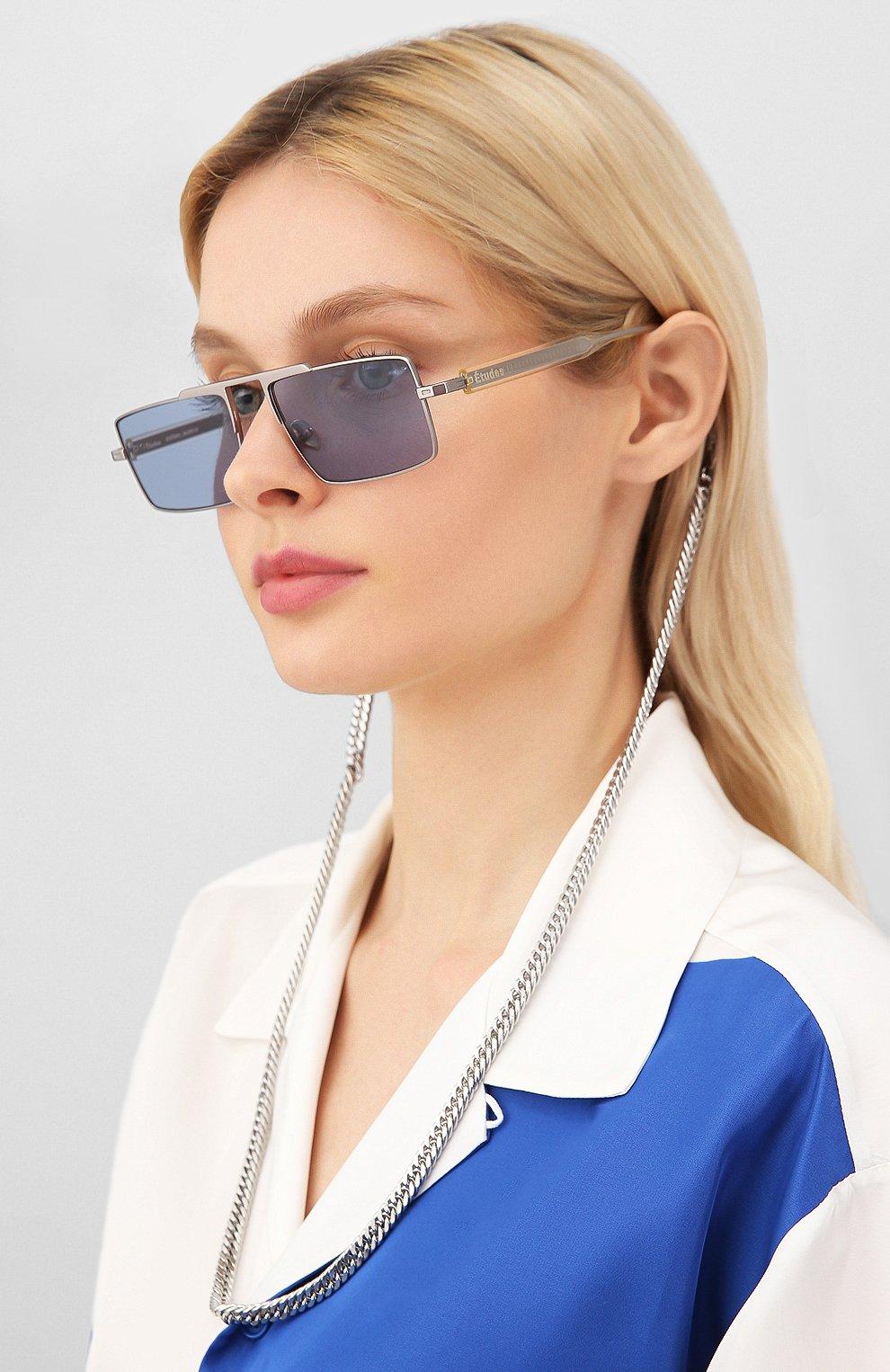 Женские солнцезащитные очки ÉTUDES серебряного цвета, арт. EASTERN SILVER CH WITH CHAIN   Фото 2