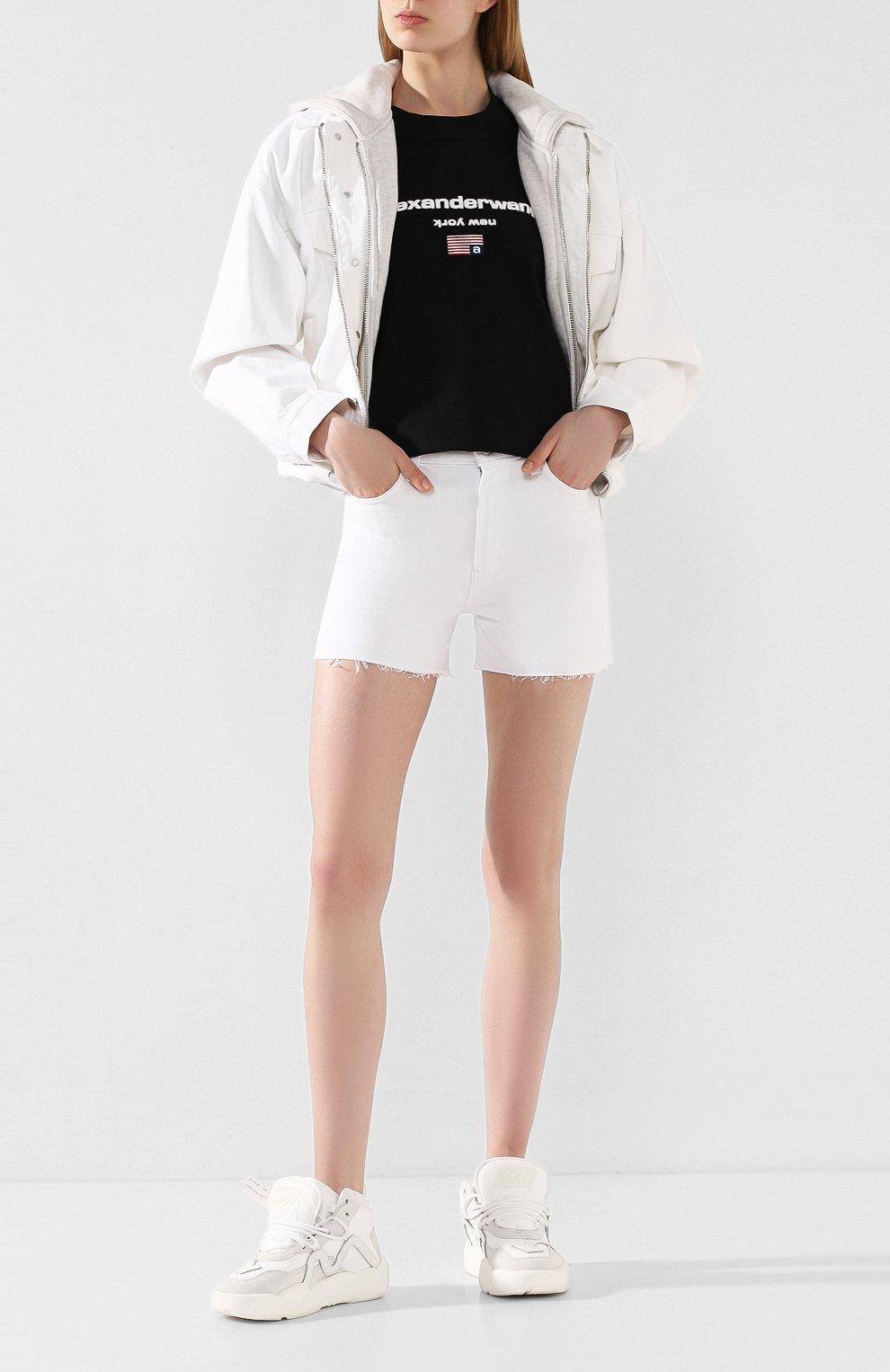Женские джинсовые шорты J BRAND белого цвета, арт. JB002896 | Фото 2 (Женское Кросс-КТ: Шорты-одежда; Кросс-КТ: Деним; Длина Ж (юбки, платья, шорты): Мини; Материал внешний: Хлопок; Стили: Кэжуэл)
