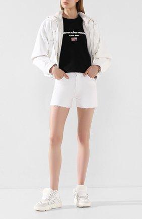 Женские джинсовые шорты J BRAND белого цвета, арт. JB002896 | Фото 2
