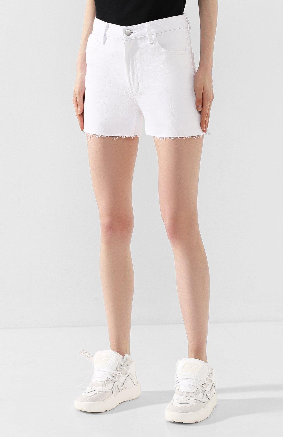 Женские джинсовые шорты J BRAND белого цвета, арт. JB002896 | Фото 3 (Женское Кросс-КТ: Шорты-одежда; Кросс-КТ: Деним; Длина Ж (юбки, платья, шорты): Мини; Материал внешний: Хлопок; Стили: Кэжуэл)