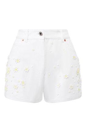 Женские джинсовые шорты VALENTINO белого цвета, арт. TB0DD09Z5D4 | Фото 1