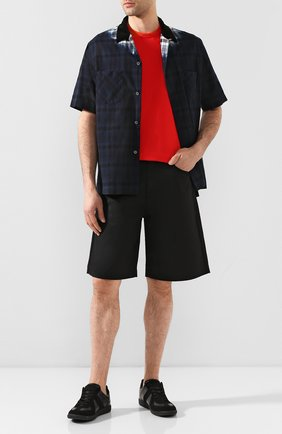 Мужская хлопковая рубашка SACAI темно-синего цвета, арт. 20-02279M   Фото 2