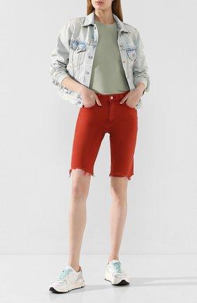 Женские джинсовые шорты AG красного цвета, арт. DSD1982BC/SXCYNR | Фото 2