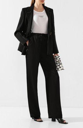 Женские брюки из вискозы ANN DEMEULEMEESTER черного цвета, арт. 2001-1440-138-099   Фото 2