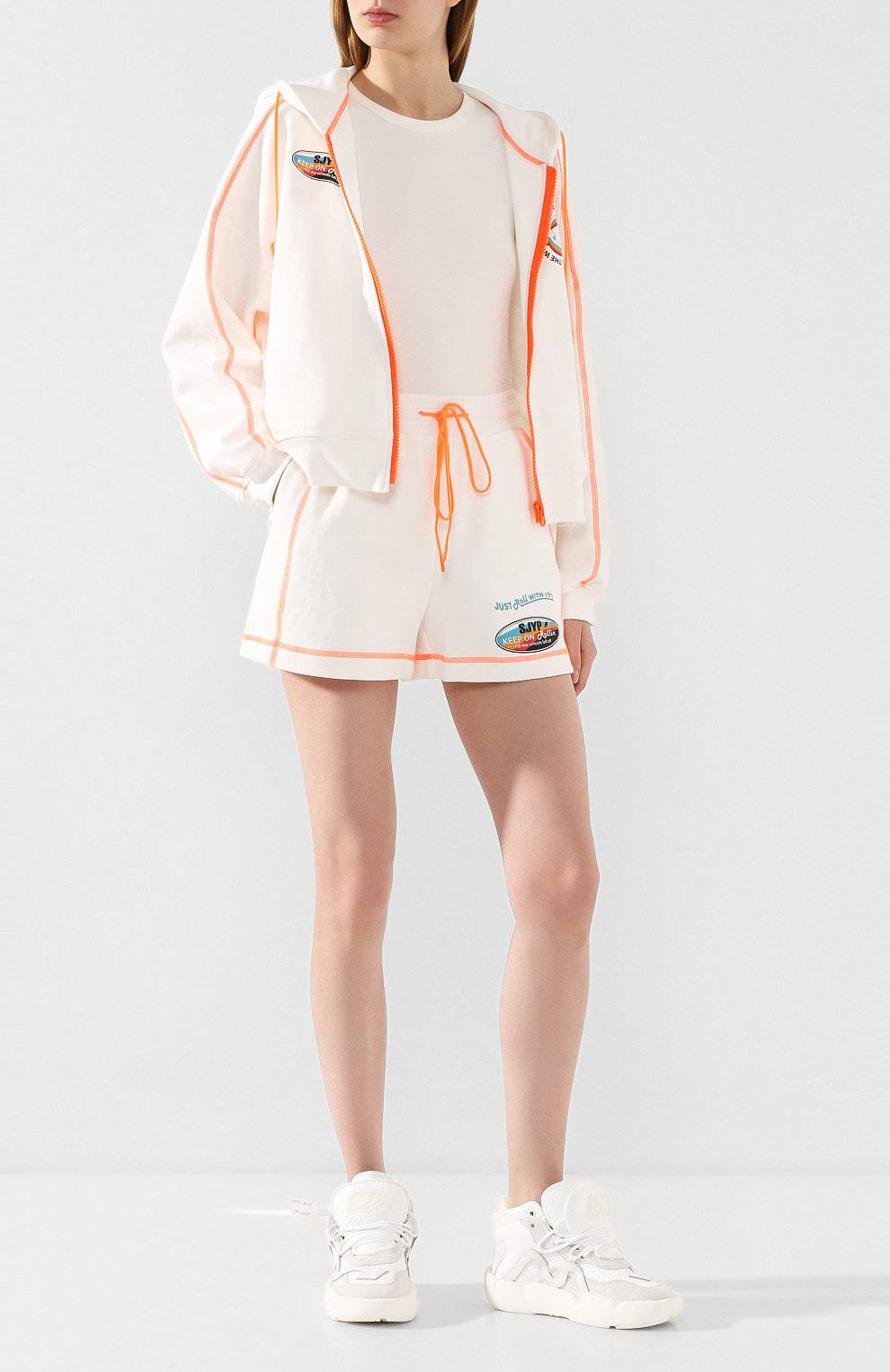 Женские хлопковые шорты STEVE J & YONI P белого цвета, арт. PW2A3W-PC130W | Фото 2 (Женское Кросс-КТ: Шорты-одежда; Длина Ж (юбки, платья, шорты): Мини; Материал внешний: Хлопок; Стили: Спорт)