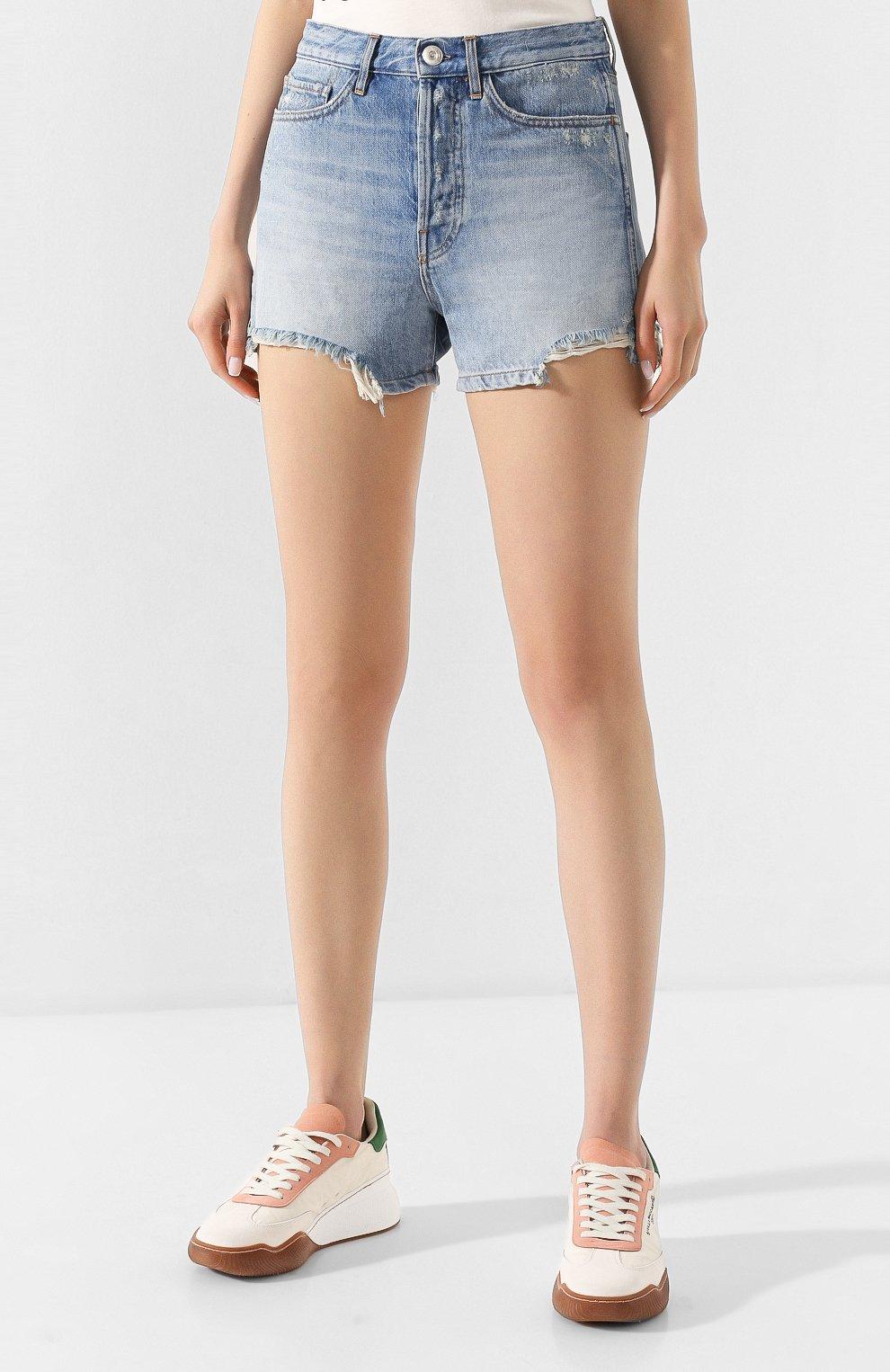 Женские джинсовые шорты 3X1 голубого цвета, арт. WSXSB0866/LEAH | Фото 3 (Женское Кросс-КТ: Шорты-одежда; Кросс-КТ: Деним; Длина Ж (юбки, платья, шорты): Мини; Материал внешний: Хлопок; Стили: Кэжуэл)
